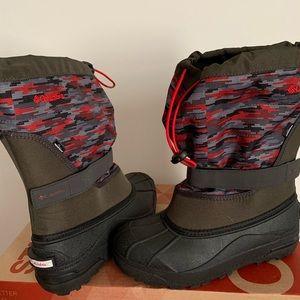 Boys Columbia Snow Boots Sz 7